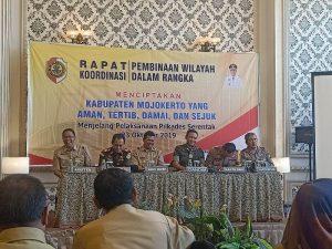 Rakor Pembinaan Wilayah Jelang Pilkades Serentak 2019, Ini Pesan Dandim 0815