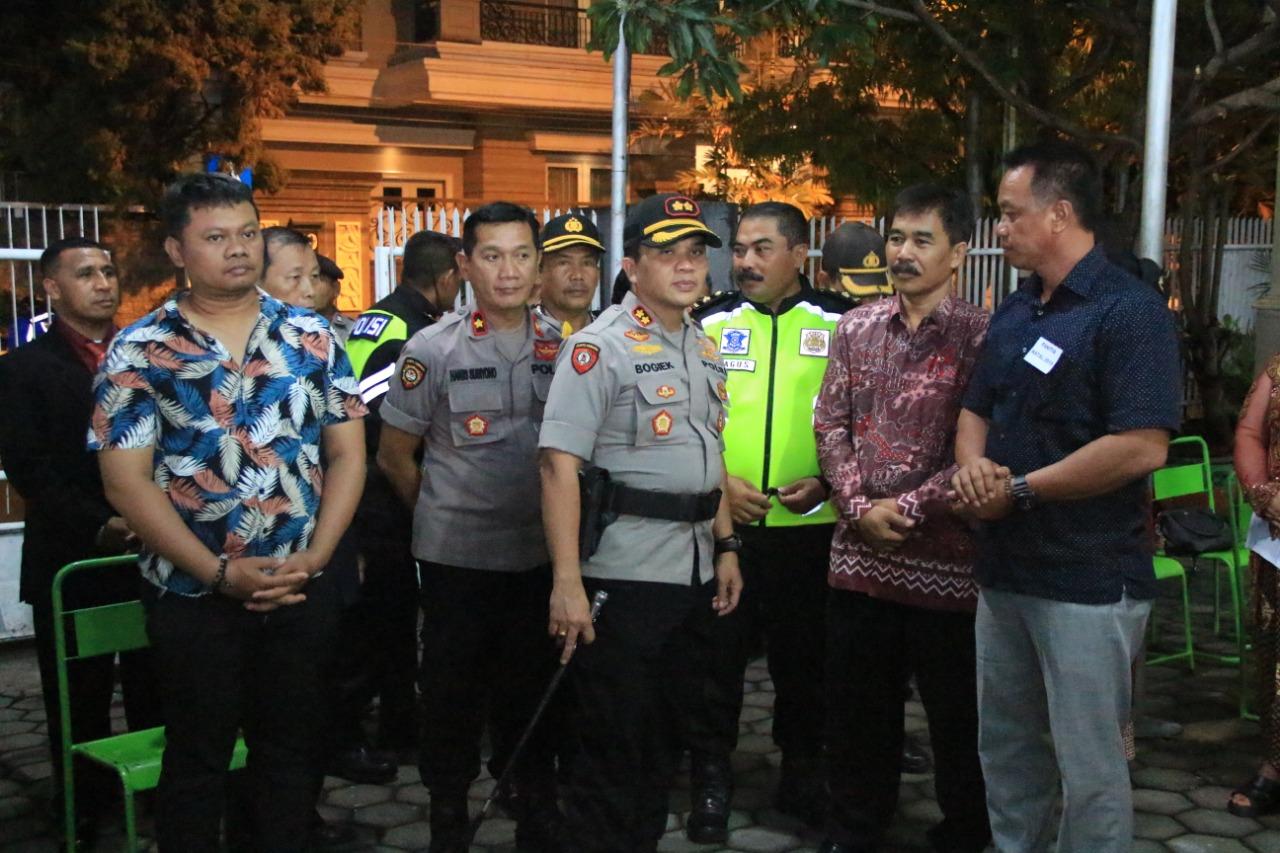 Jelang Perayaan Natal Polresta Mojokerto Patroli Di Sejumlah Gereja Di Mojokerto Kota