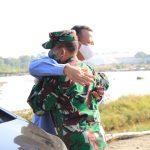 Danrem 082/CPYJ dampingi Menteri Kelautan dan perikanan tinjau kampung kerapu Lamongan