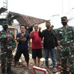 Danrem 082/CPYJ Sumbang 90 dus Keramik untuk Mushola Al-Hamdan Mojokerto