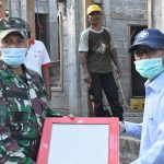 Danrem 082/CPYJ sumbangkan 70 Dus Keramik untuk Pembangunan Mushola di Mojoagung Jombang