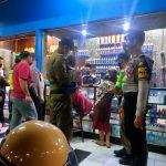 Jelang Lebaran, Petugas Gabungan Satgas Covid-19 Kota Mojokerto Tertibkan Pusat Perbelanjaan