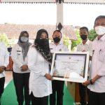Bupati Gelontorkan Bansos ke Pengrawit Kabupaten Mojokerto
