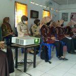 Ketua Persit KCK Koorcabrem 082 PD V Brw, Buka Pelatihan Posbindu PTM